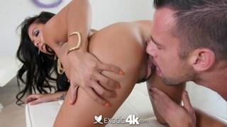 Stunning Asian Morgan Lee gets her ass worshipped