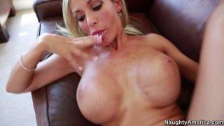 Evita Pozzi's husband fucks her fantastic cleavage